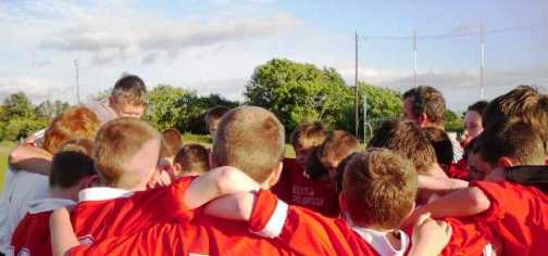 new-site-under-14s-beara-league-finalists-2010-pre-match-huddle